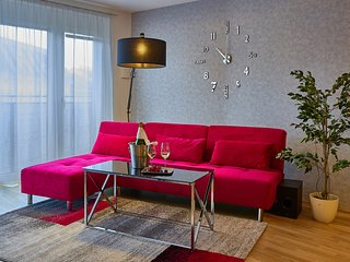 Best Place Apartment The Red