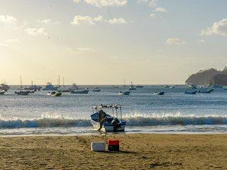 Long-term discounts: Luxurious villa with ocean views & private pool, near beach