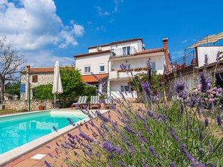 5 bedroom Villa in Kujici, Istarska Zupanija, Croatia : ref 5034903