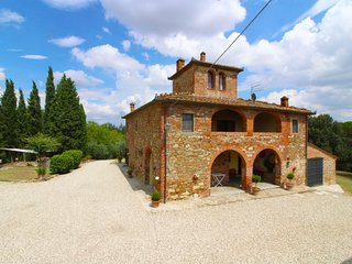 6 bedroom Villa in Monte San Savino, Tuscany, Italy : ref 5490331