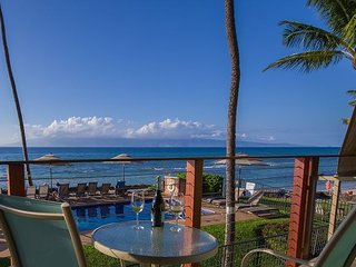 Find Your Pacific Paradise in our Direct Oceanfront Condo with Amazing Views!