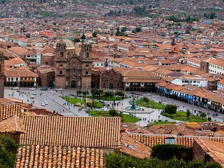 FOLLOW CUSCO MAGIC