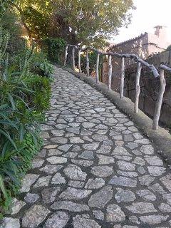 Little paradise. Casa rustica mallorquina con bonita terraza-jardin