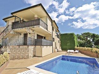 svm016 Casa con piscina. Vistas al mar y montana