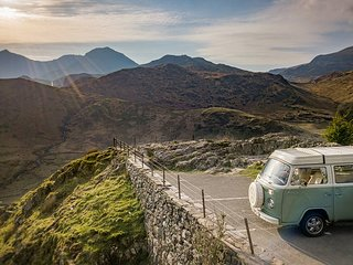 Bessie - VW Campervan Hire - Snowdonia Classic Campers
