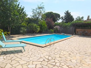 3 bedroom Villa in Saint-Cyprien-Plage, Occitania, France : ref 5666916