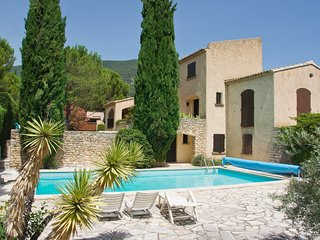Montelimar Holiday Home Sleeps 6 with Pool Air Con and Free WiFi - 5677379