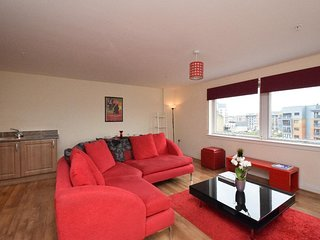 The Plaza Apartments (Great Location + Free Parking Near Glasgow City Centre)