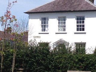 Superb Modern Apartment in Centre of Aberaeron