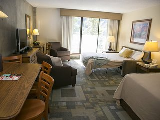 Wonderful Snowbird Resort ski condo with spectacular of ski slopes 1/5-1/12/19