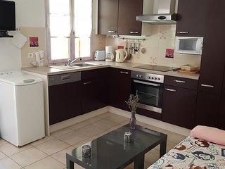 'Nouveau' Maison calme au cœur de la Provence