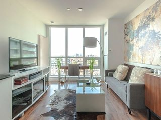 Gorgeous Modern Condo Liberty Village Toronto!