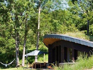 Ecolodge Insolite - Bulles D'Herbe : la Bulle de Bois avec spa privatif