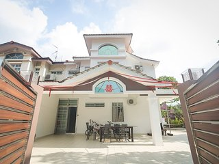 DesaTebrau-NewStar Homestay-Wedding Bridal House