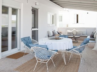 Alimos beachfront penthouse