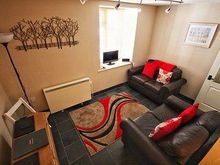 Central ground floor apartment sleeping 4 set in the heart of Boscastle