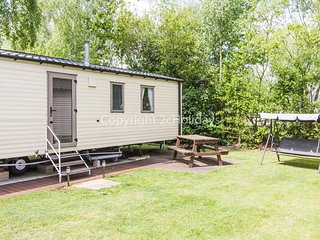 6 Berth. Quiet area of the park. At Wild Duck Holiday Park, REF 11025SA.