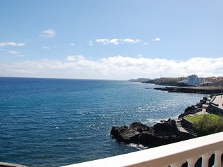 Very nice, renovated apartment, sea view, Los Abrigos