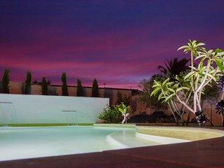 Domaine 'Entre Vignes et Canal', avec piscine privee chauffee