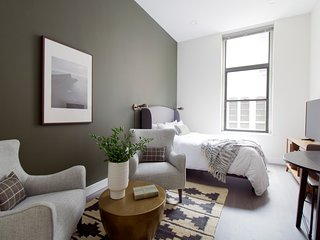 Sonder | Winthrop Square | Airy Studio + Laundry