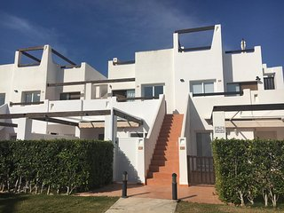 2 Bedroom Air Conditioned Apartment - Naranjos 6, Condado de Alhama