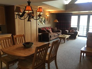 NEW LISTING! Cozy condo w/ shared hot tub and easy access to Big Sky Ski Resort!
