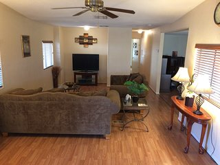 Comfortable Close to Water Lake Havasu Rental