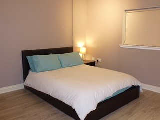 Infinity Guest Rooms (Ensuite Room) EXCELLENT LOCATION near Glasgow City Centre