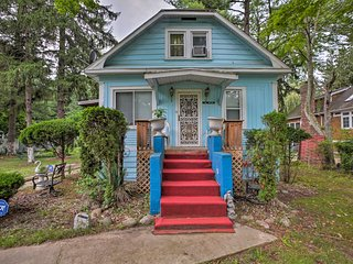 Charming Vintage Union Pier Home - Walk to Beach!