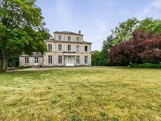 4 bedroom Chateau in Betz, Hauts-de-France, France : ref 5049721