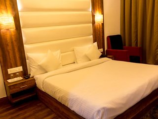 Ak Continental - Deluxe Room 1
