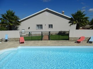 3 bedroom Villa in Casal da Azenha, Lisbon, Portugal : ref 5666859