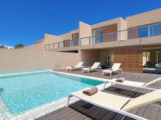 3 bedroom Villa in Salgados, Faro, Portugal : ref 5049184