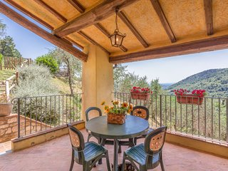 2 bedroom Apartment in Marlia, Tuscany, Italy - 5697000