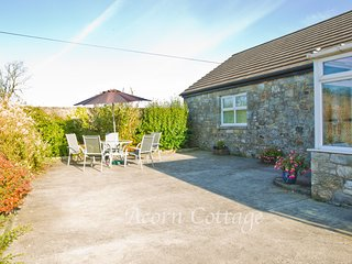 Acorn Cottage at Easter Glentore Farm near Airdrie & Falkirk