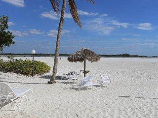 Castle Beach 402