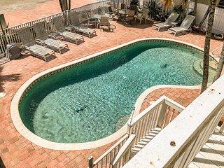 50 Gulf Beach The Manor