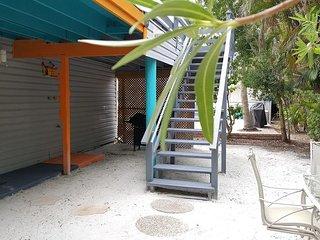 5583 Estero Villa 3 Captain's Cabin