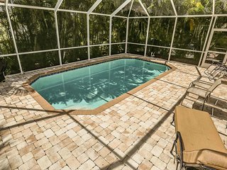 Great Pool Home close to the beach and Times Square