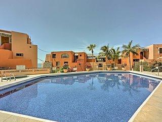 Cabo Condo w/ Balcony, Ocean Views & Resort Perks!