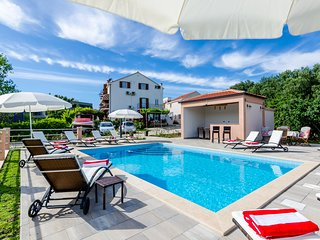 Apartments Mali Paradiso - Studio Apartment with Pool View