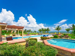 1 Bedroom 1 Bathroom Luxury Beachside Villa, Seiri del Mar, Hopkins Belize