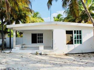 La Conchita beach house, confortable y  acogedora casa a unos pasos del mar