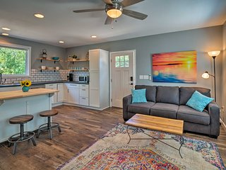NEW! Guest Cottage - 12 Mi. from Downtown Austin!