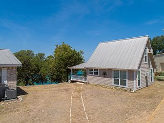 New Listing!! Joint listing of waterfront home and neighboring cottage!