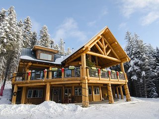 Golden Acres Mountain Lodge-Owl's Nest