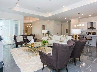Top Deluxe Apartment at Storey Lake (262817)