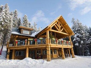 Golden Acres Mountain Lodge-Dawson Suite