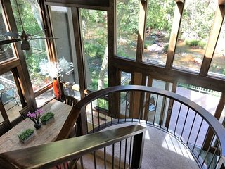New On The Market!! On The Creek!!! Beautiful Private Home! Sleeps 8!