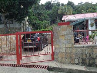 Casa campestre Villa Florez, Mesitas del Colegio